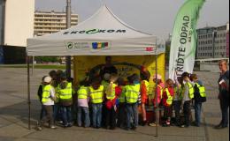 Vzdělávání a informace o důležitosti recyklace odpadu
