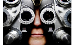 Odborné měření zraku optometristou - oční optika Zlín