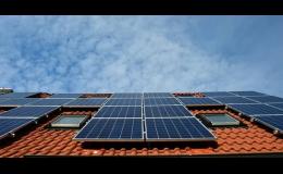 Instalace solárních panelů pro vytápění a ohřev vody