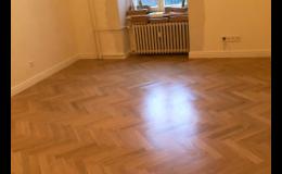 Pokládka podlahových krytin - parkety, laminátová, vinylová podlaha, PVC