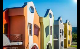 Hravá architektura vinných sklepů ve Velkých Pavlovicích