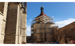 Vápenná jádrová omítka pro obnovu památek