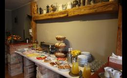 Komfortní ubytování se snídaní, grilované speciality na přání