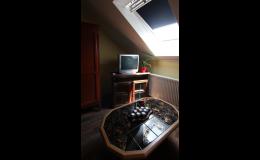 Pokoje s koupelnou, apartmán s Wi-Fi připojením zdarma