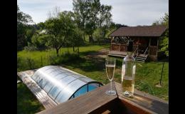 Bazén a zastřešená pergola pro hosty - Sněžné, Orlické hory