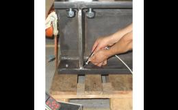 Tvrdoměry pro rychlé a snadné testování tvrdosti kovů