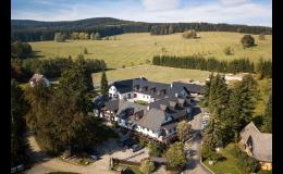 Ubytování pod Pradědem – Wellness hotel Holzberg