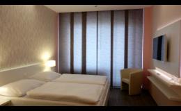 99 moderně vybavených pokojů hotelu Avanti v Brně