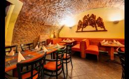 Restaurace Citadela a Castillo v hotelu IBERIA v Opavě