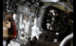 Opravy motocyklů, pneuservis, příprava a zařízení STK