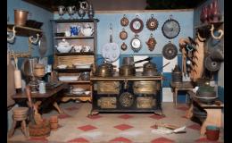 Výkup starožitných sběratelských předmětů - sklo, porcelán, sošky, vázy