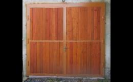 Zakázková výroba vrat a oken do stájí