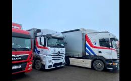 Spolehlivé a bezpečné kamiony, nákladní vozidla k přepravě zásilek