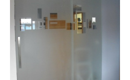 Skleněné dveře posuvné, otvíravé, jednokřídlé, dvoukřídlé