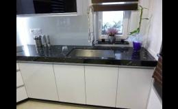 Opracování přírodního kamene na kuchyňské desky