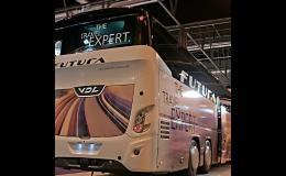 Bezpečné moderní autobusy, profesionální řidiči