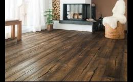Široký výběr podlahových krytin do rodinných a bytových domů