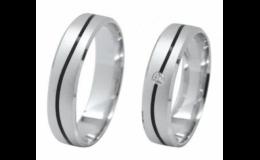 Bohatá nabídka zlatných snubních prstenů
