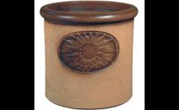 Kvalitní zahradní keramika do každého počasí