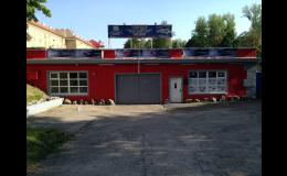 Výměna autoskel u osobní i nákladních vozidel, autobusů, zemědělské techniky