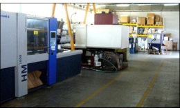 Moderní vstřikovací lisy k výrobě forem a plastových výrobků