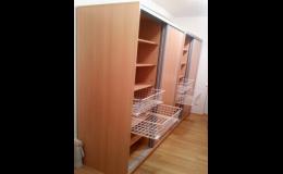 Vestavěné skříně do pracovny i dětského pokoje