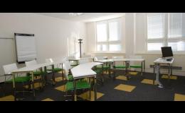 Moderní učebna hotelu FBA u letiště Václava Havla v Praze