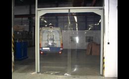 Kyvná vrata s pevnou konstrukcí do menšího otvoru