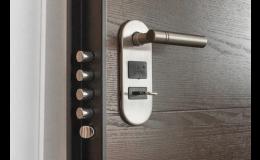 Bezpečnostní a protipožární dveře