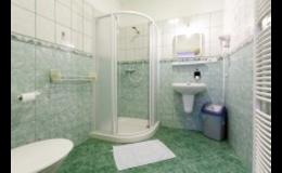 Ubytování v pokojích s koupelnou a WC