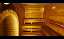 Využijte jednu z mnoha saun, které Vám dopřeji relaxaci a odpočinek v příjemném prostředí hotelu Zámek Valeč