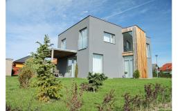 Struktura hliníkového opláštění Aluskin poskytuje vynikající termo-izolační vlastnosti