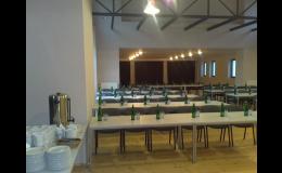 Konferenční centrum s dataprojektorem, promítací stěnou, ozvučením - Hotel Antoň