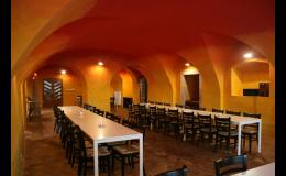 Banketní salonek pro rodinné oslavy, svatební hostiny, Hotel Antoň v Telči