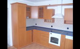 Kuchyňské linky, skříňky, ostrůvky na zakázku, Kuchyňské studio Jan Forman, Moravský Krumlov