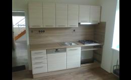 Kuchyně včetně příslušenství, Kuchyňské studio Jan Forman, Moravský Krumlov
