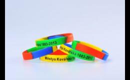 Výroba silikonových náramků s potiskem - IdentCore s.r.o. – silikonové náramky Znojmo