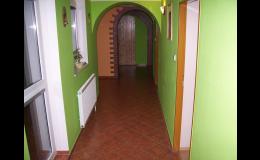 Rekonstrukce starších bytů i bytových jader