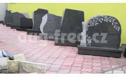 Výrobu pomníků a náhrobních kamenů zajišťuje společnost AUG-FRED
