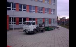 Stavební nářadí a zahradní techniku si můžete zapůjčit u společnosti Autodoprava Bohdálek, Znojmo