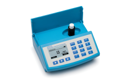 Multiparametrový fotometr s digitální pH elektrodou