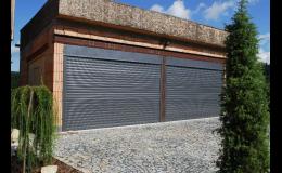 Rolovací garážová vrata na míru podle potřeb zákazníka
