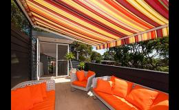 Výsuvné markýzy pro stínění balkonů, teras, komerčních ploch