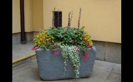 FLORAVIL, s.r.o. poskytuje bohatou nabídku květinového městského mobiliáře
