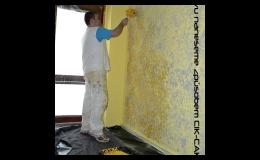 Kvalitní interiérové barvy v bílé i mnoha barvených odstínech