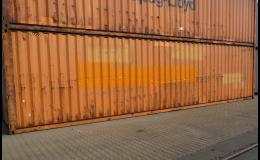 Námořní kontejnery na poslední cestu do zámoří