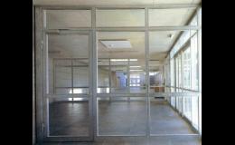 Prosklené dělicí stěny - zakázková výroba
