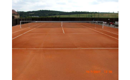 Výstavba kvalitních tenisových kurtů a dvorců