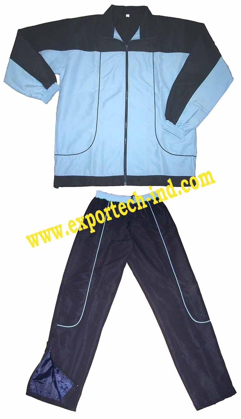 PÁKISTÁN  Sportovní oblečení f9fbd93fe1