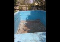 Poptávám rekonstrukci starého betonového bazénu